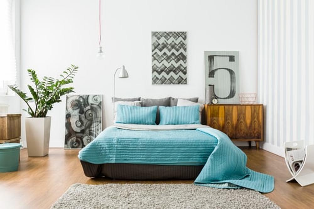 4 tips voor het opfleuren van je slaapkamer met een klein budget