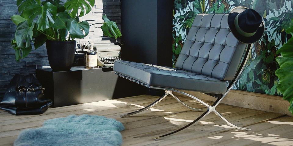 De klassieke Barcelona Chair is tegenwoordig in elke stijl verkrijgbaar