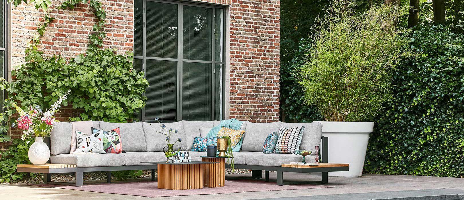5 luxe loungesets voor de perfecte zithoek in de tuin