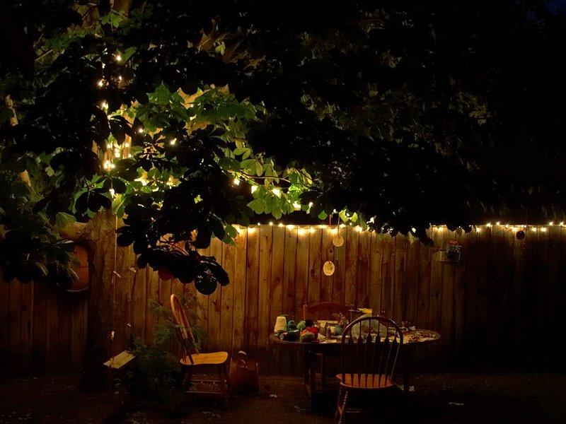 Creeër de perfecte zomersfeer in je tuin door middel van verlichting